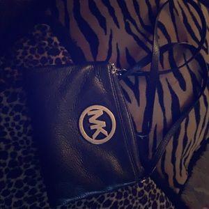 Michael Korda satchel cross body bag